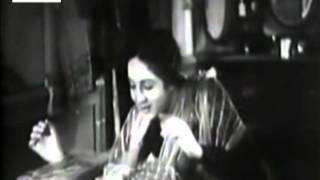 Dhire Dhire Aa Re Badal, Mera Bulbul Sau Raha Hai - Kismet (1943)