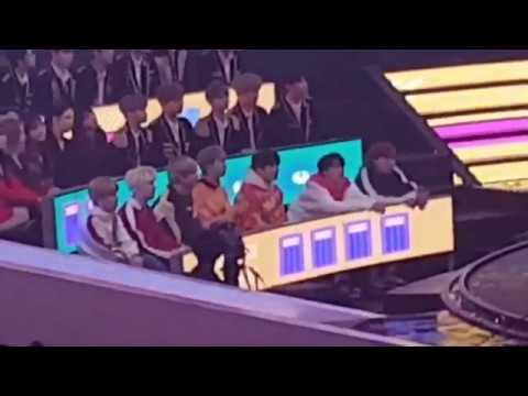 방탄소년단 BTS +Red Velvet+Wanna One Reaction to