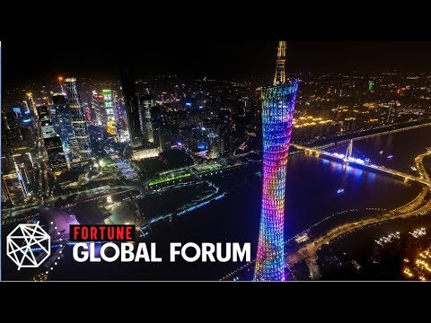 Live: Big biz names on breaking country barriers珠江夜话—开放与创新