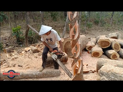 AMAZING SCLUPTURE | REAL TIME CHAINSAW TUTORIAL