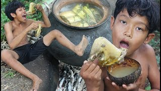 Primitive Technology - Yummy cooking chicken for lunch - eating delicious