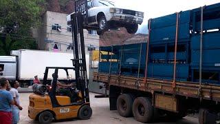 Colocando um Opala em cima do caminhão