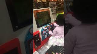 Arcade Game | PRINCESS HARMONEE DRIVE ON THE ARCADE GAME | PRINCESS HARMONEE DRIVE ON THE ARCADE GAME