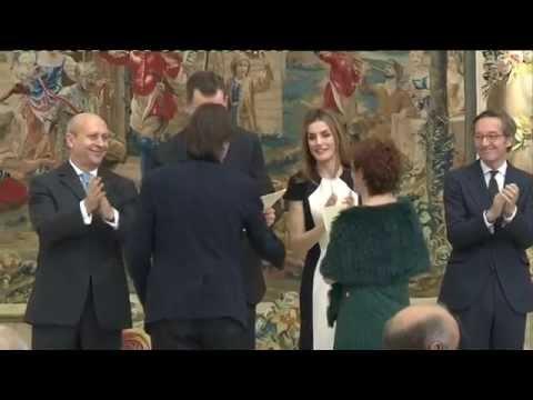 SS.MM. los Reyes entregan los Premios Nacionales de Cultura 2013