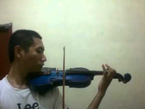 Marcello plays A DANCING TEDDY with VIOLIN