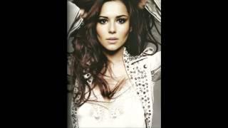 Cheryl Cole - Call My Name ringtone