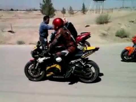 تصادف موتور سنگین در شیراز Video0006.mp4 - Поисковик музыки mp3real.ru