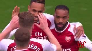 Pierre-Emerick Aubameyang generously lets Teammate Lacazette take penalty | 1/4/2018