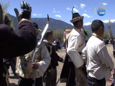 Tradicionales flechas silbadoras del Tíbet.mpg