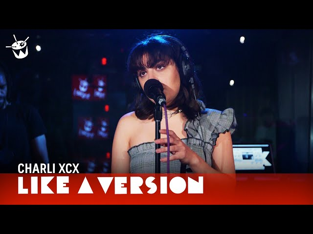 Charli XCX - 'Boys' (live on triple j)