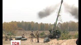 """На полігоні """"Дівички"""" українські артилеристи провели навчання з бойовою стрільбою"""