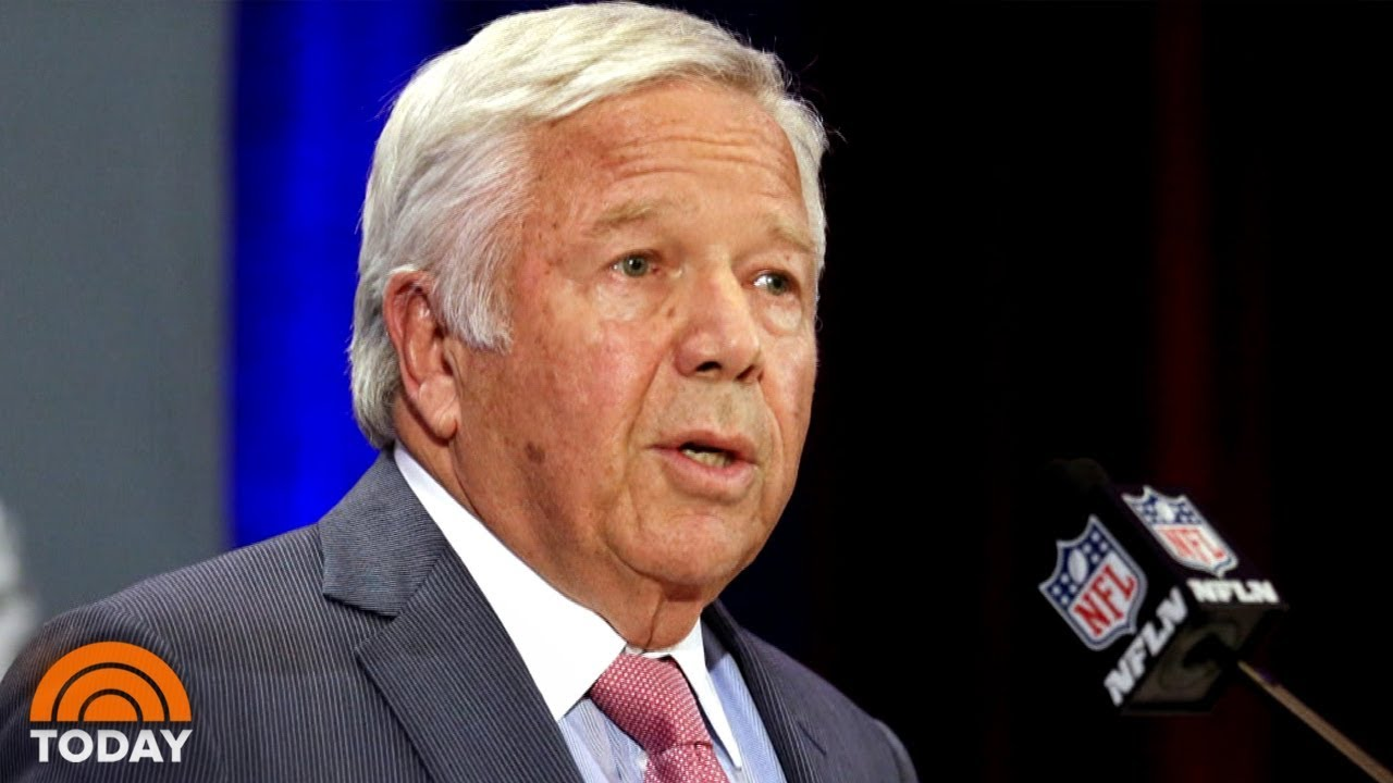 Patriots owner Robert Kraft, others offered deal in prostitution solicitation case