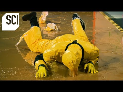 Catching A Human With A Giant Glue Trap! | MythBusters Jr.
