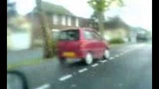 fais rugir le moteur de ta voiture sans permis!!!