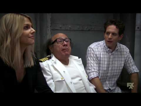 It's Always Sunny in Philadelphia - Dee and Dennis doing impressions