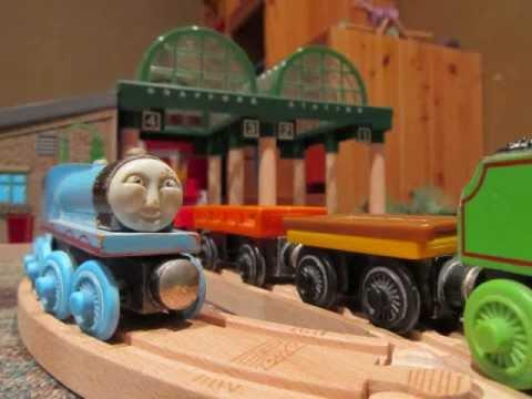 thomas wooden railway gordon takes a dip 2