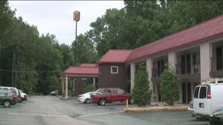 Poison gas found inside motel where man found dead