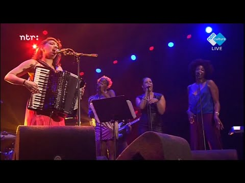 Snarky Puppy feat: Magda Giannikou - Amour t'es la - North Sea Jazz 2014
