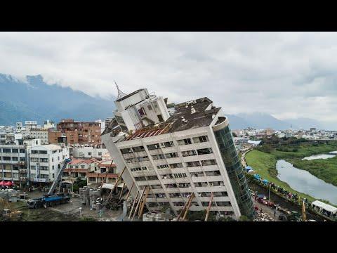 Мощные ЗЕМЛЕТРЯСЕНИЯ снятые на камеру | Землетрясения в Непале, Мексике и других странах