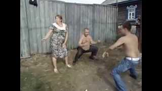 Дискотека в деревне / Meanwhile, in Actual Russia
