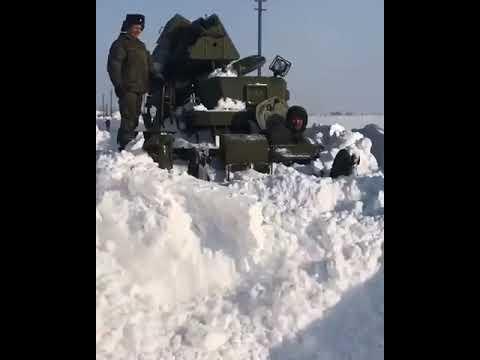 Военная техника расчищает дороги в Новоузенском районе