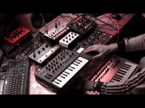 """Minilogue House live jam Electribe Sampler, Volca, Streichfett """"Get out of this house"""""""