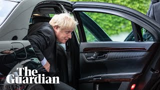 Boris Johnson arrives in Paris for Brexit talks with Macron - watch live
