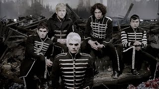 Смотреть клип My Chemical Romance - Welcome To The Black Parade