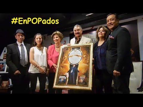 """la-familia-de-javier-solÍs-recibe-reconocimiento-por-50-aniversario-luctuoso-""""la-absoluta-colección"""""""
