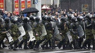 Demonstrieren verboten: Hunderte Festnahmen in Weißrussland