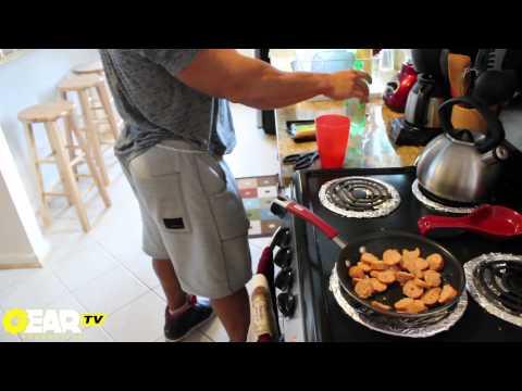 Bodybuilder Aaron Clark Bodybuilding Meal - Bodybuilding Food