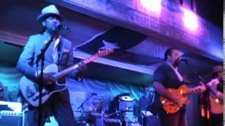 The Mavericks - LaBamba & Dance In The Moonlight (featuring Eddie Perez)