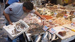 Naples 360° Virtual Walking Tour Tour - Porta Nolana Fish Market