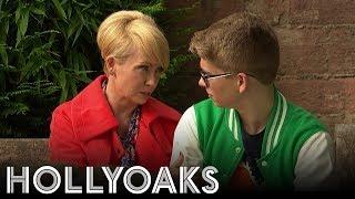 Hollyoaks: