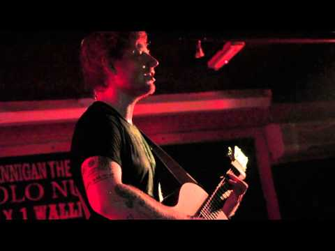 Ed Sheeran - The Man  in the Crowd Ruby Sessions