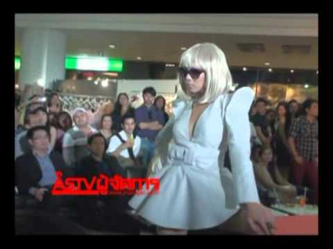 คริส หอวังThe Mall Fashion City 2011