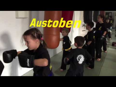 kung fu f r kinder ab 3 jahre in freiburg waldkirch und bad krozingen youtube. Black Bedroom Furniture Sets. Home Design Ideas
