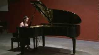 Claude Debussy - Jardins Sous La Pluie - María Cecilia Frías