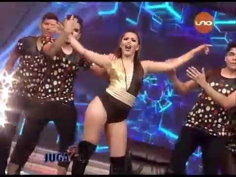 ¡Lorena Flores baila en Duelo de Hembras Malas! Juga2