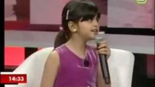Little Girl Sings Like Justin bieber.