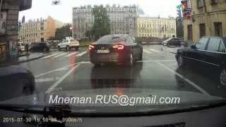 30 Июля 2015 Стрельба на дороге Санкт-Петербург из Mazda Н 430 РО 178