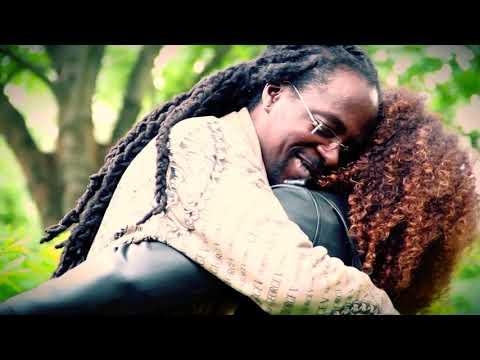"""Badlee.M """"Elle m'aime pour..."""" - Réalisation Cristèle Dandjoa  (LA MISS-TAPE)"""