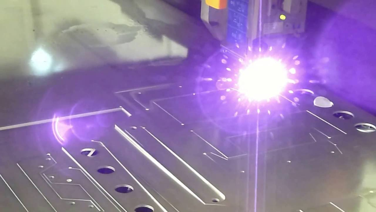 сквозная фигурная резка в алюминии