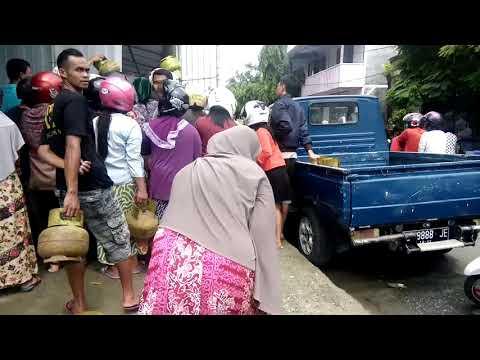 Video : Warga Selayar Masih Antri Dapat LPG 3 Kg