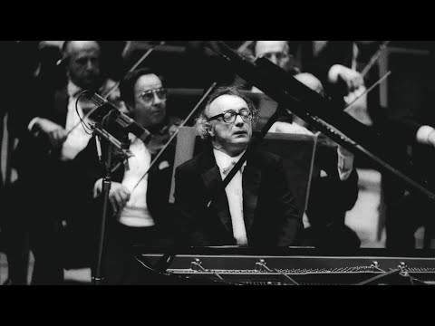 Beethoven: Piano Concerto No. 4, Op. 58 / Alfred Brendel; Dennis Russell Davies: BPO (1983.9.8)