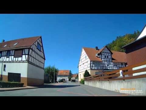 D: Ederbringhausen. Gemeinde Vöhl. Landkreis Waldeck-Frankenberg. Ortsdurchfahrt. August 2016