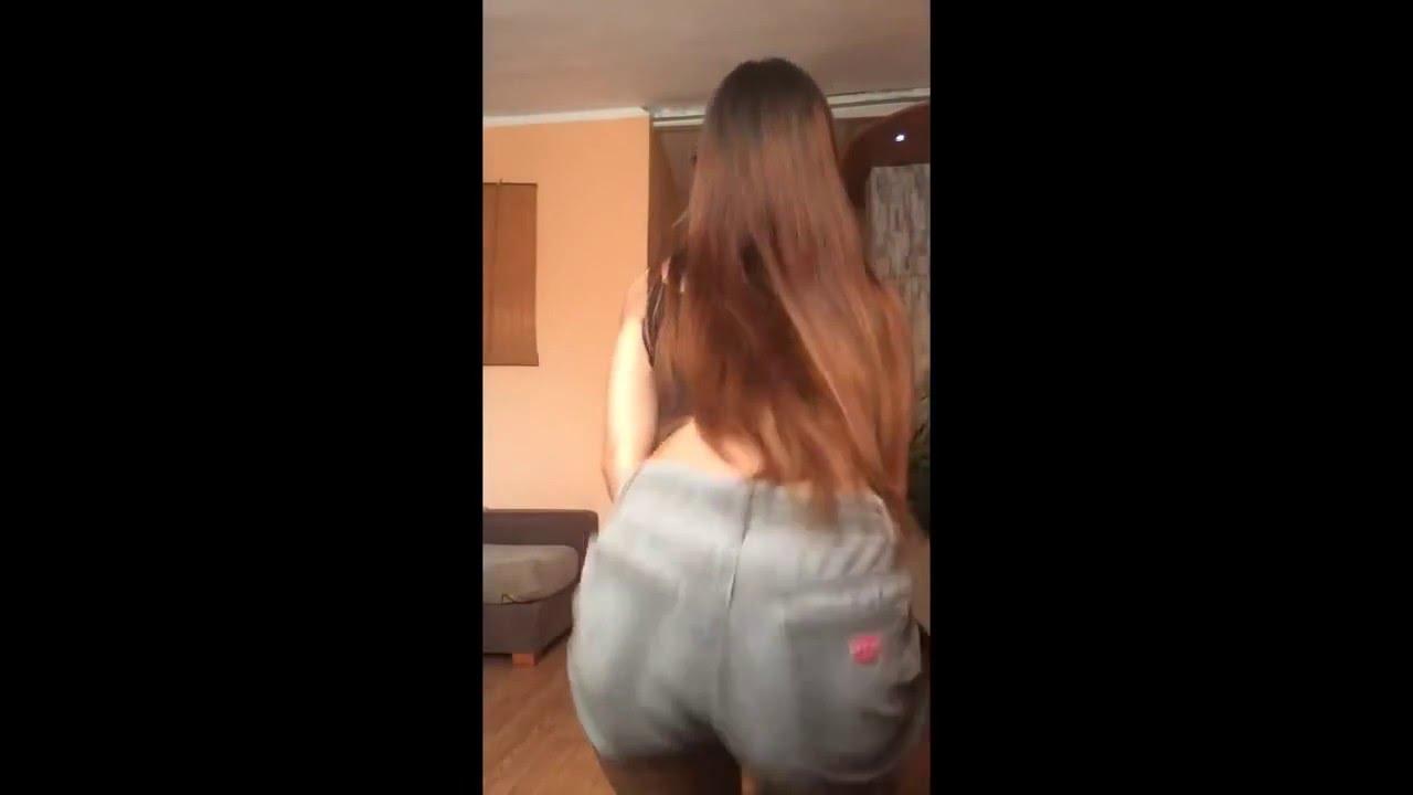 Novinha Dançando - Twerk