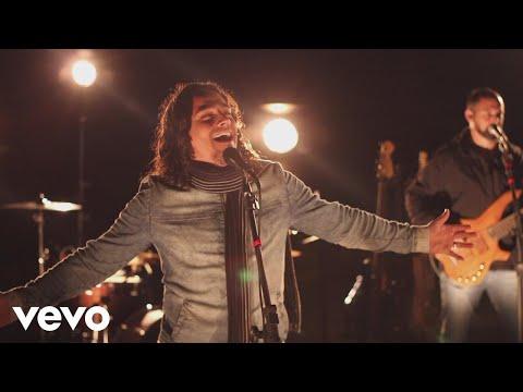 Elizandro Sfreddo - Deus Me Ama ft. Thiago Brado