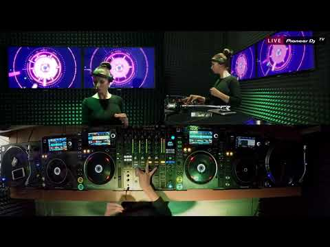 ELENA PAVLA  tech house  @ Pioneer DJ TV   Moscow
