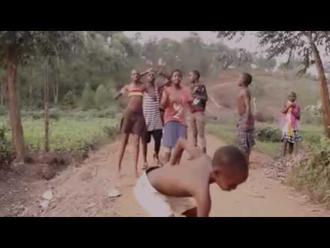 Gemu Famire (african dancing)